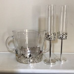 Other - New Years Eve champagne flutes and ice bucket